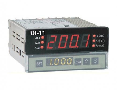 DI-11 univerzalni pokazni instrument z univerzalnim vhodom